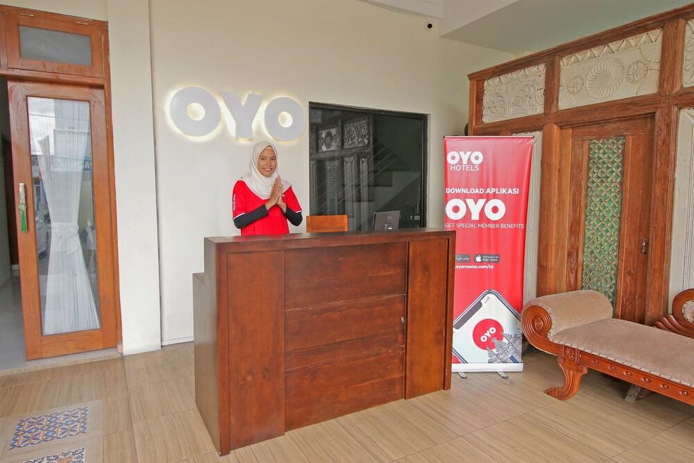 Gallery image of OYO 562 Griya Hanum Syariah