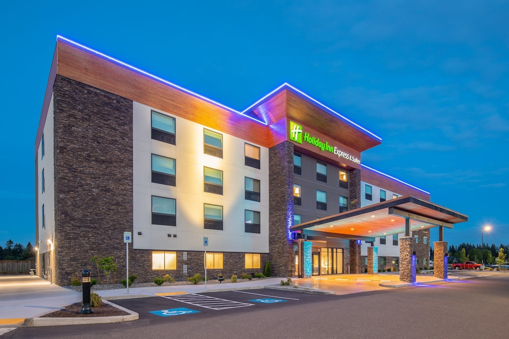 Holiday Inn Express & Suites Camas Vancouver