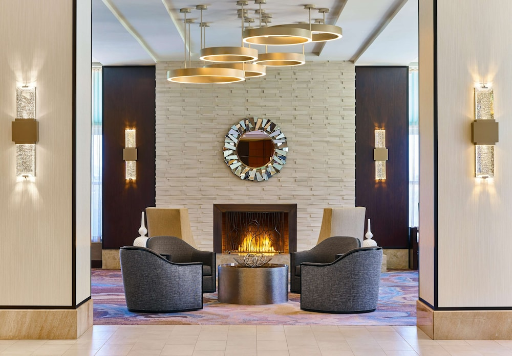 Hilton Los Angeles North Glendale & Executive Meeting Center