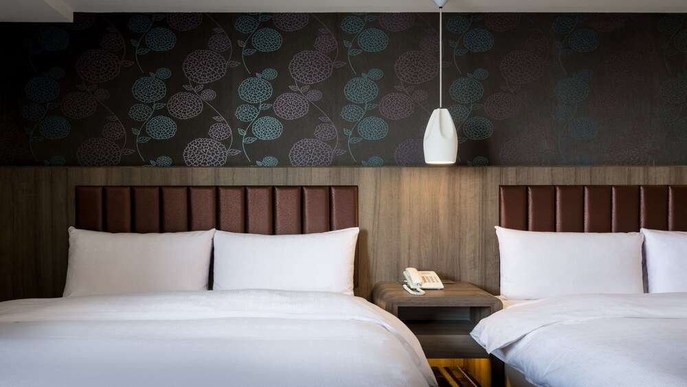 Jung Zaw Business Hotel
