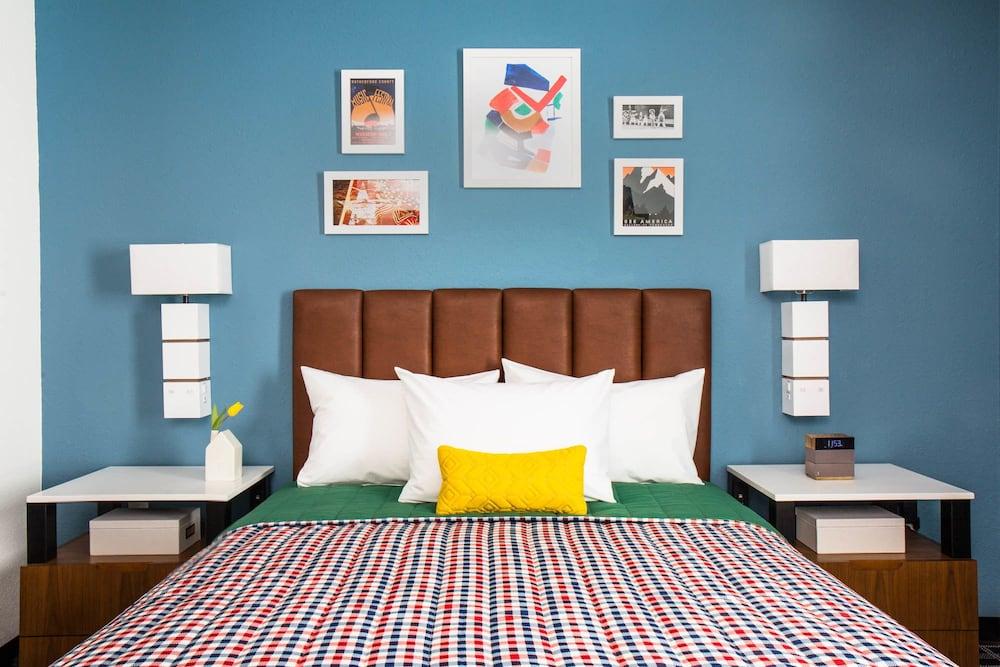 Uptown Suites Extended Stay Denver Co Westminster