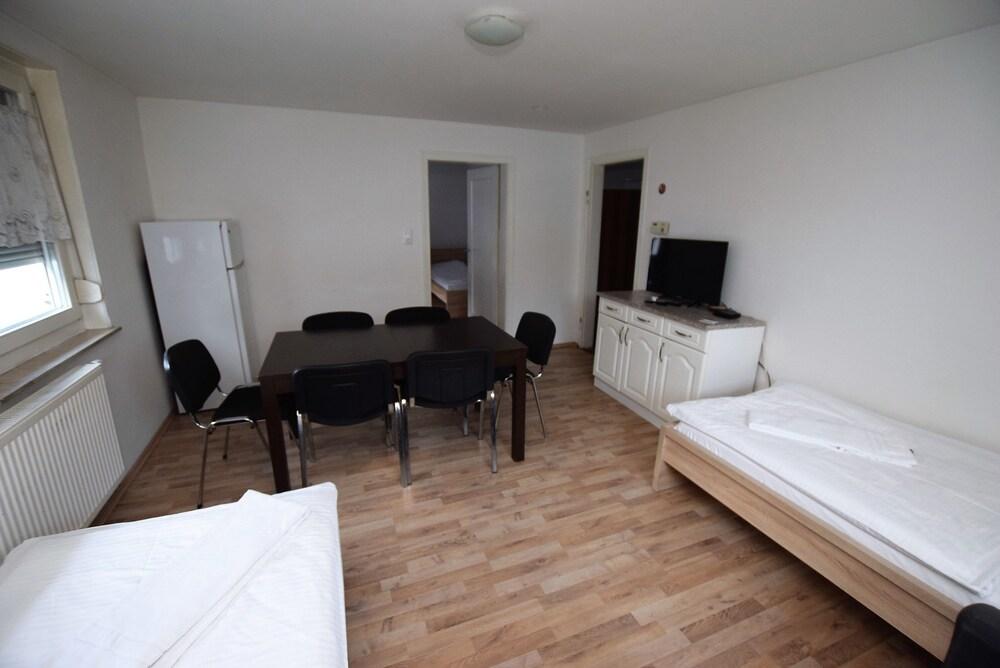 AB Apartment 15