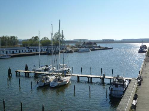 Residenz mit Panoramawasserblick