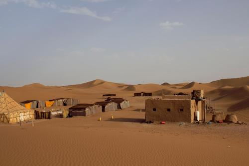 Gallery image of Bivouac Dunes de Chegaga