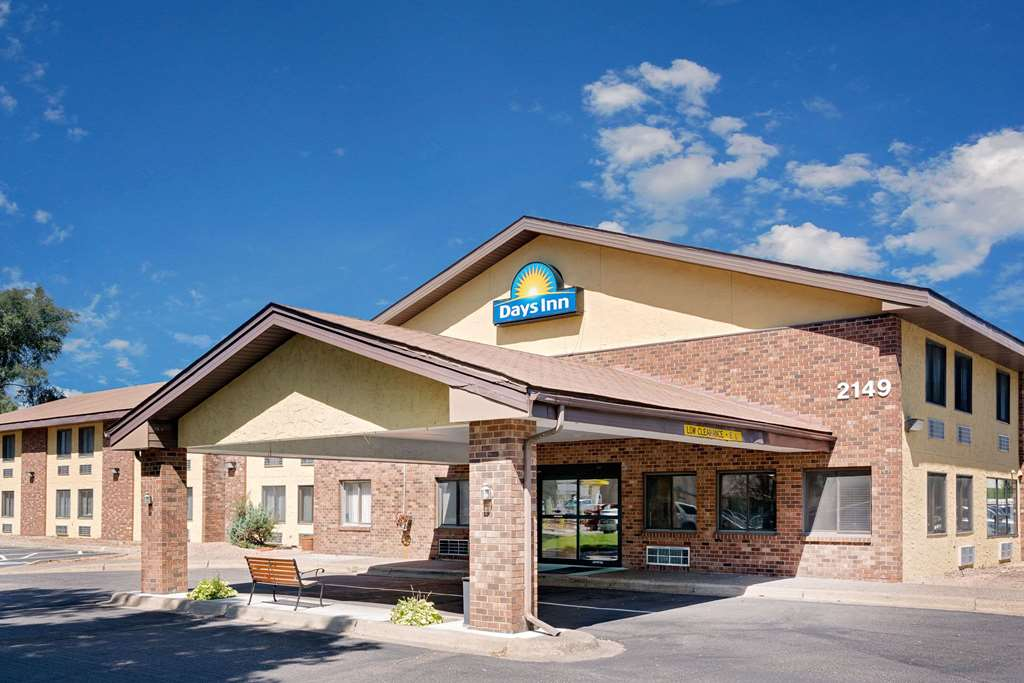 Gallery image of Days Inn by Wyndham Mounds View Twin Cities North