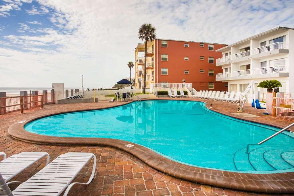 Gallery image of Days Inn by Wyndham Ormond Beach Mainsail Oceanfront