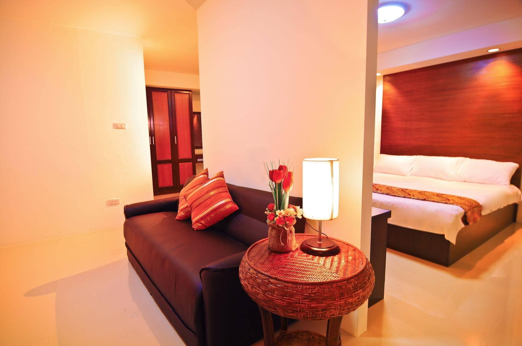 Grand Living Residence