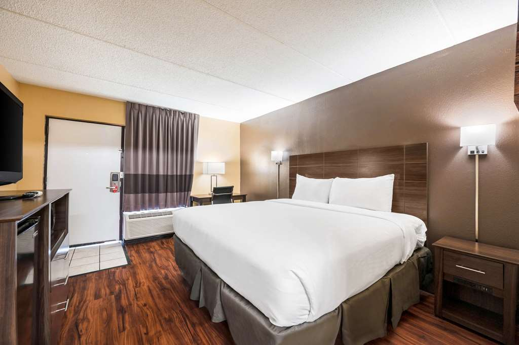 Gallery image of Econo Lodge Columbus