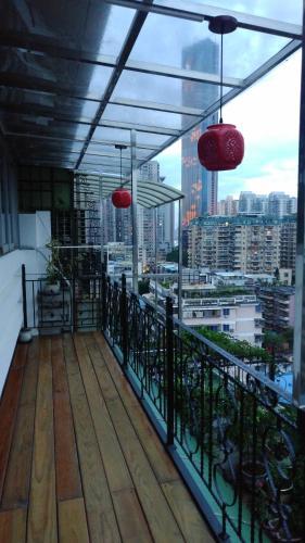 Garden In The Sky Apartment