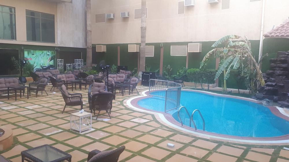 Ramada by Wyndham Hotel Riyadh