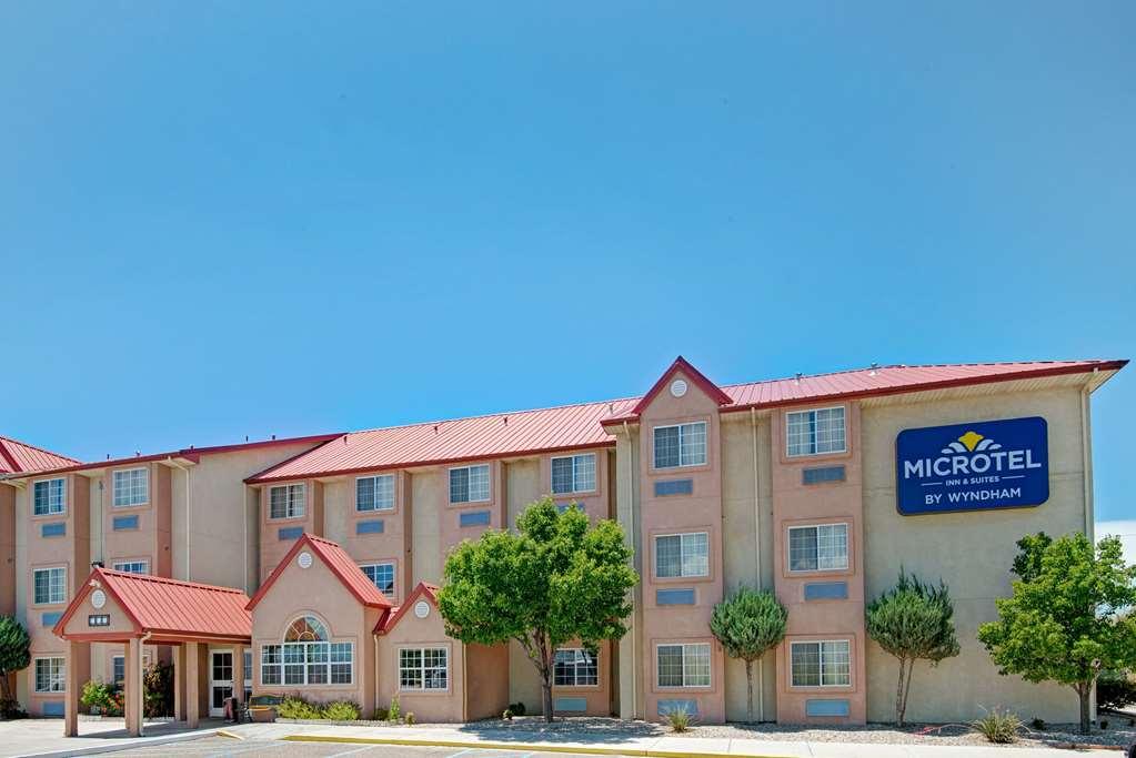 Microtel Inn & Suites By Wyndham Albuquerque West