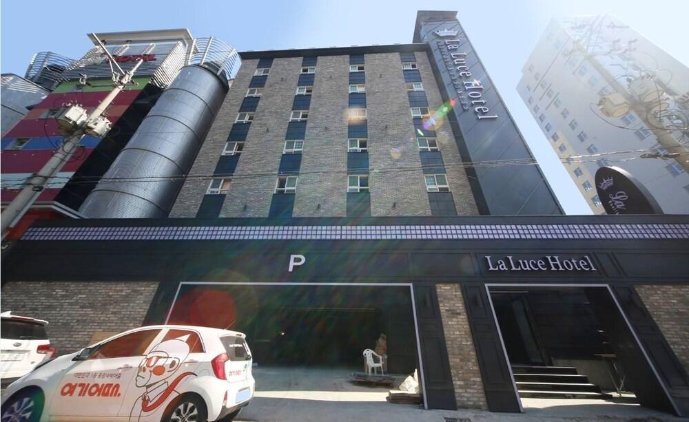 La Luce Hotel