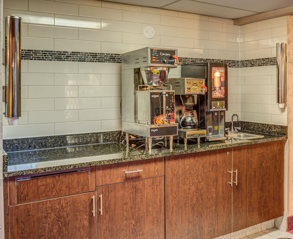 Gallery image of Prime Rate Inn