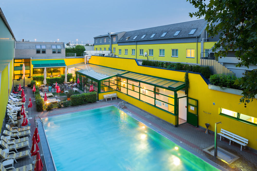 Vienna Sporthotel mit Outdoor Pool