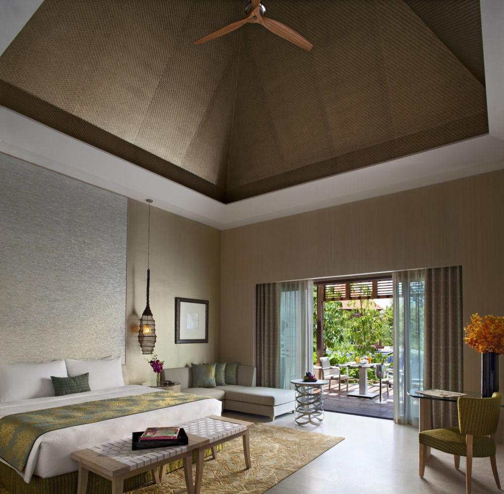 Resorts World Sentosa Beach Villas
