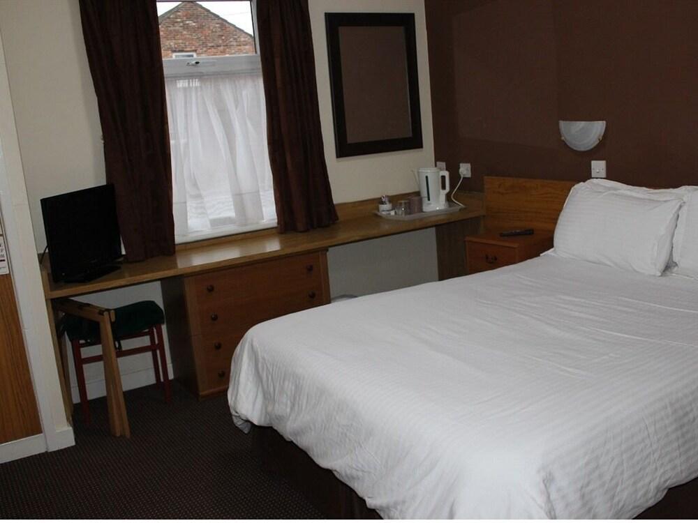 Gallery image of Premier Lodge