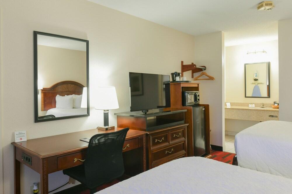 Gallery image of Varsity Inn South Hotel