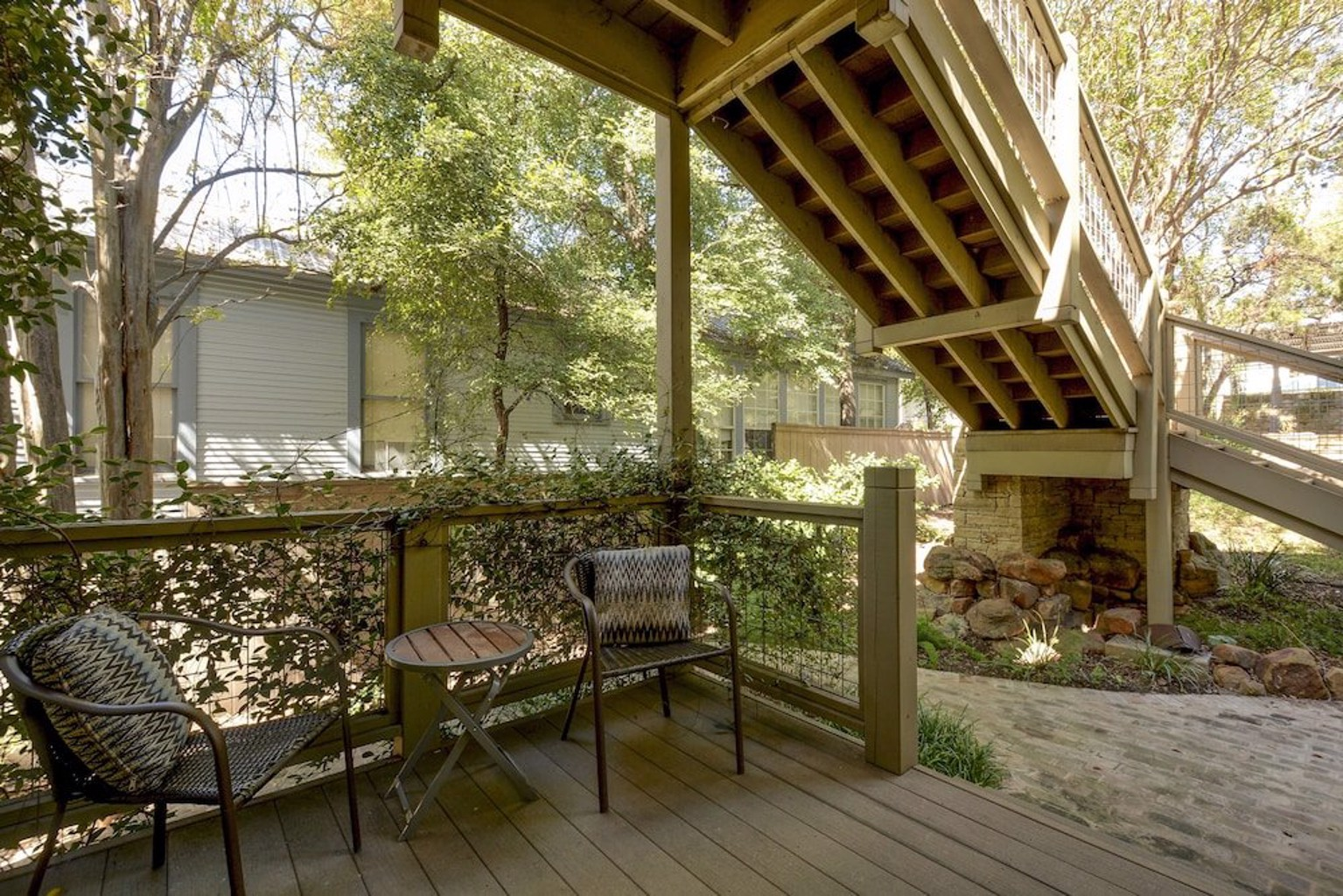 3BR 2BA New Luxury Downtown Austin Townhome by RedAwning