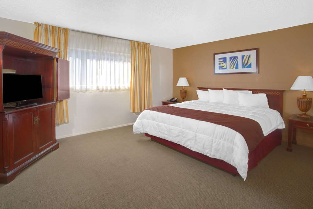 Gallery image of Travelodge Inn & Suites by Wyndham Yucca Valley Joshua Tree