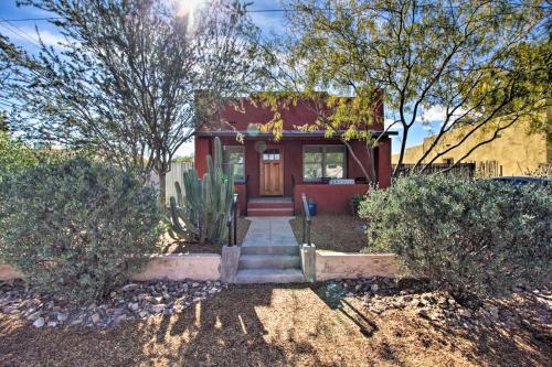 Unique Tucson Home w Yard 1 Mi. to Downtown