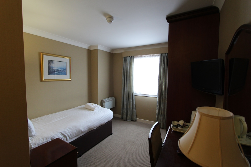 Gallery image of Cairn Hotel