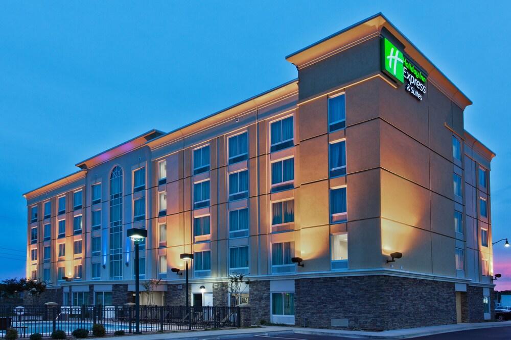 Gallery image of Holiday Inn Express Hotel & Suites Jackson NE