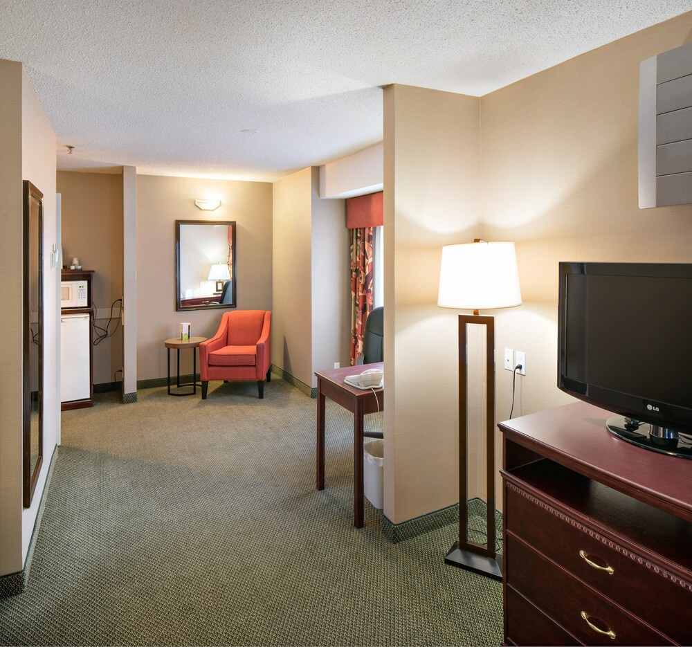Gallery image of Holiday Inn Express Red Deer