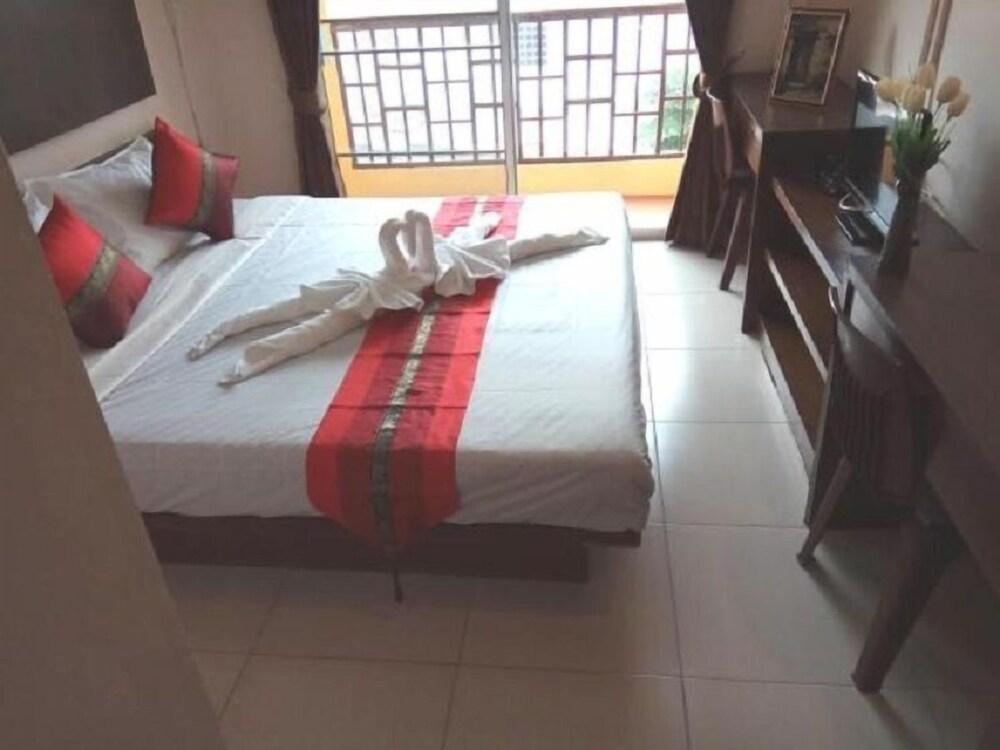 Kaysorn at Maduza Residence