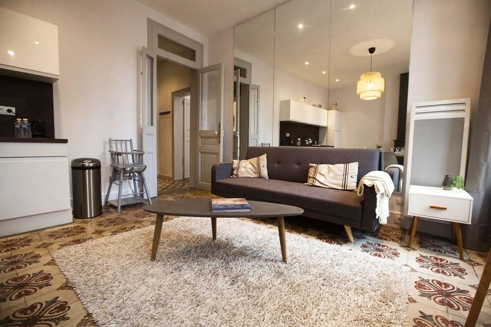 Colombet Stay's Rue Du Plan D'agde