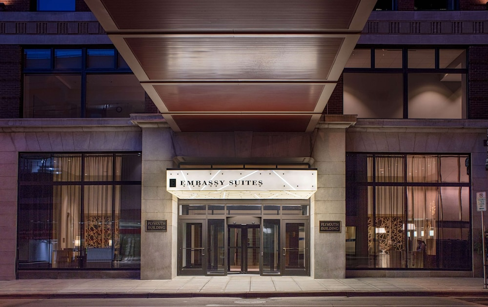 Embassy Suites by Hilton Minneapolis Downtown