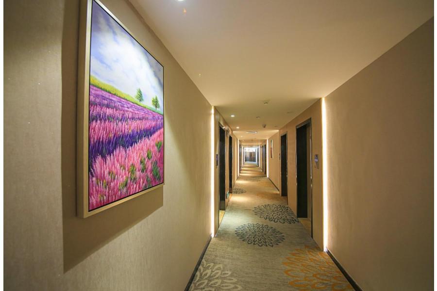 Lavande Hotel Guangzhou South Railway Station Huijiang Subway Station (لاواند هتل گوانگژو اسوت ریلوی استیشن هویجیانگ سابوی استیشن)
