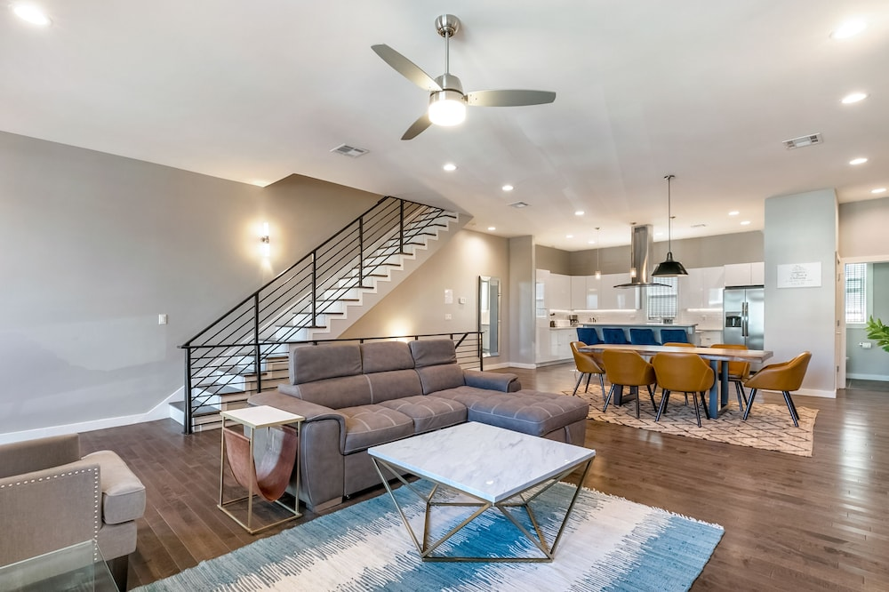 Bienville 4BR Luxury Townhouse Mid City
