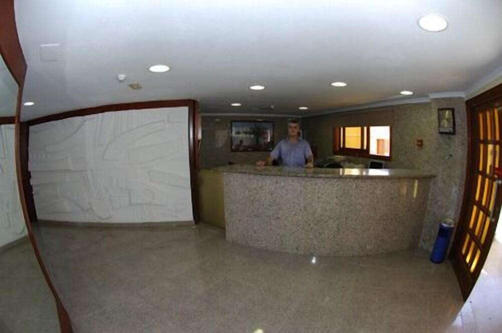 Gallery image of Apartamentos Los Tilos