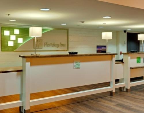 Holiday Inn Hotel & Suites Atlanta Airport North