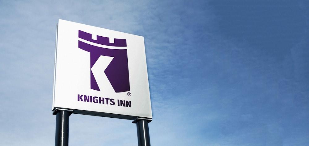 Gallery image of Knights Inn Lethbridge