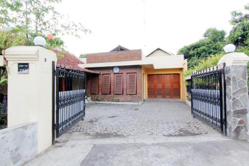 Ndalem Warungboto Homestay