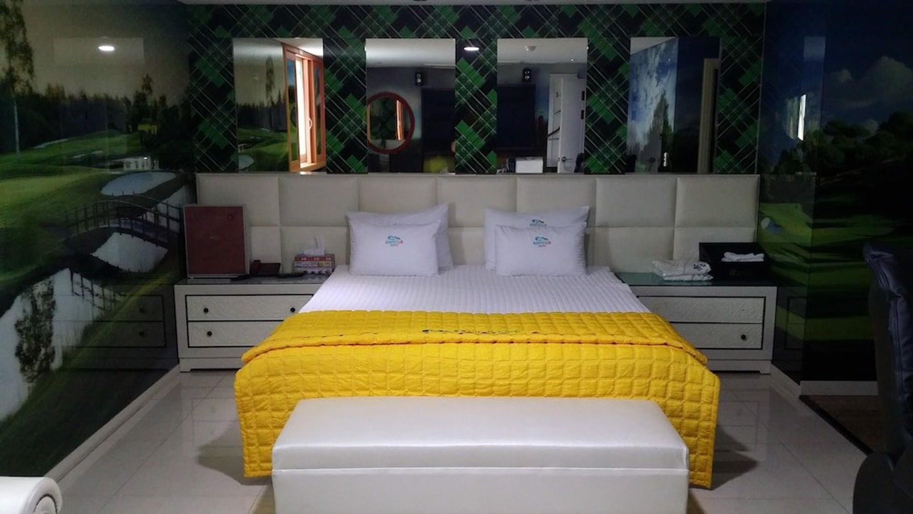 Somnus Motel