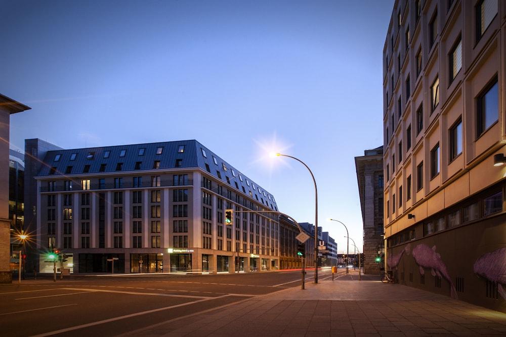 Holiday Inn Express Berlin Alexanderplatz