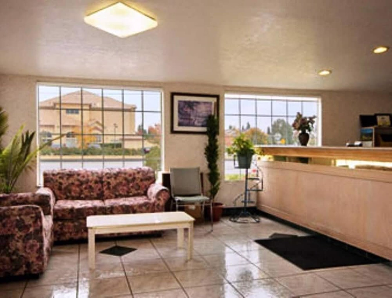 Gallery image of Gateway Inn