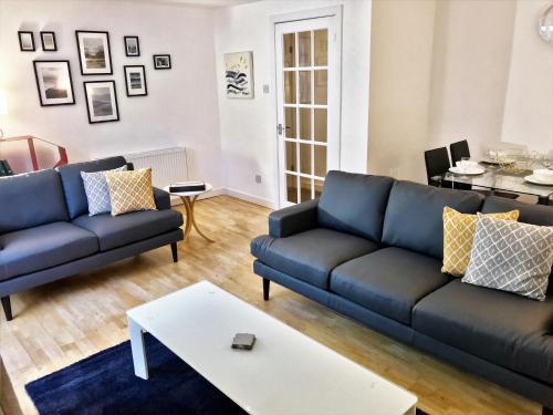 Principal Apartments West End