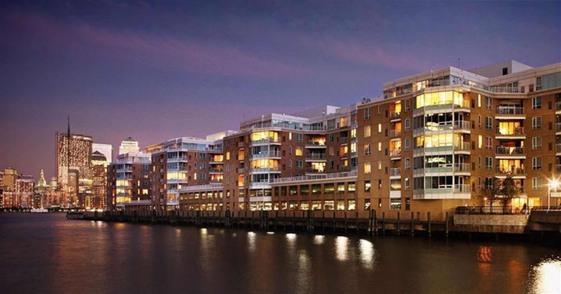 Luxy Suites Harborside