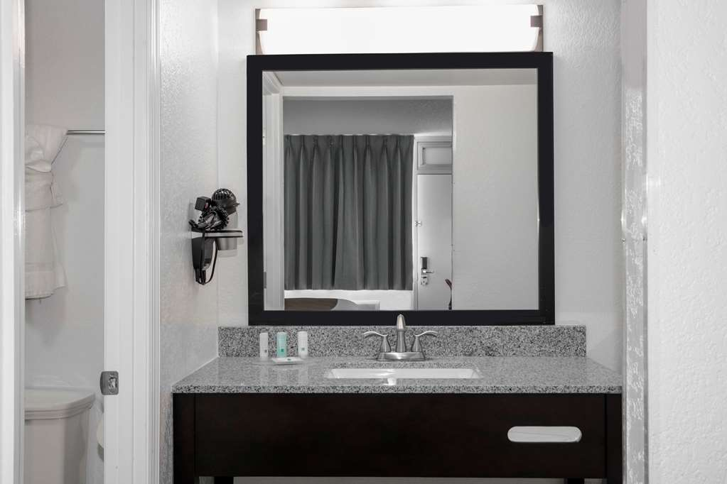 Gallery image of Quality Inn Miami South