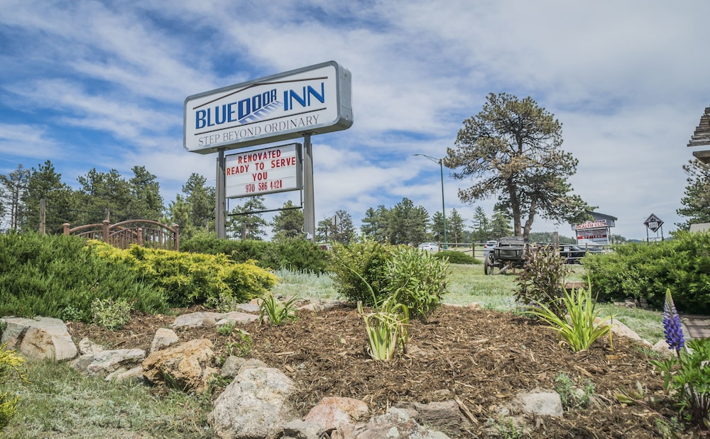 Gallery image of Blue Door Inn