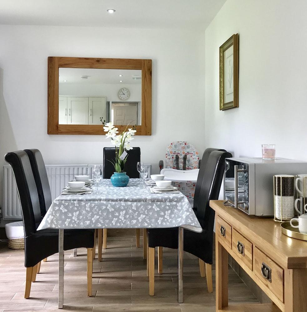 The Woodfarm Lodge 3 Bedroom House