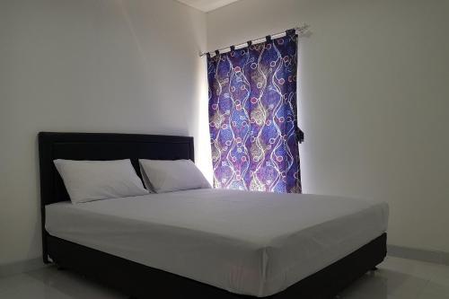 OYO 3498 Farisa Guest House Near RSI Hidayatullah