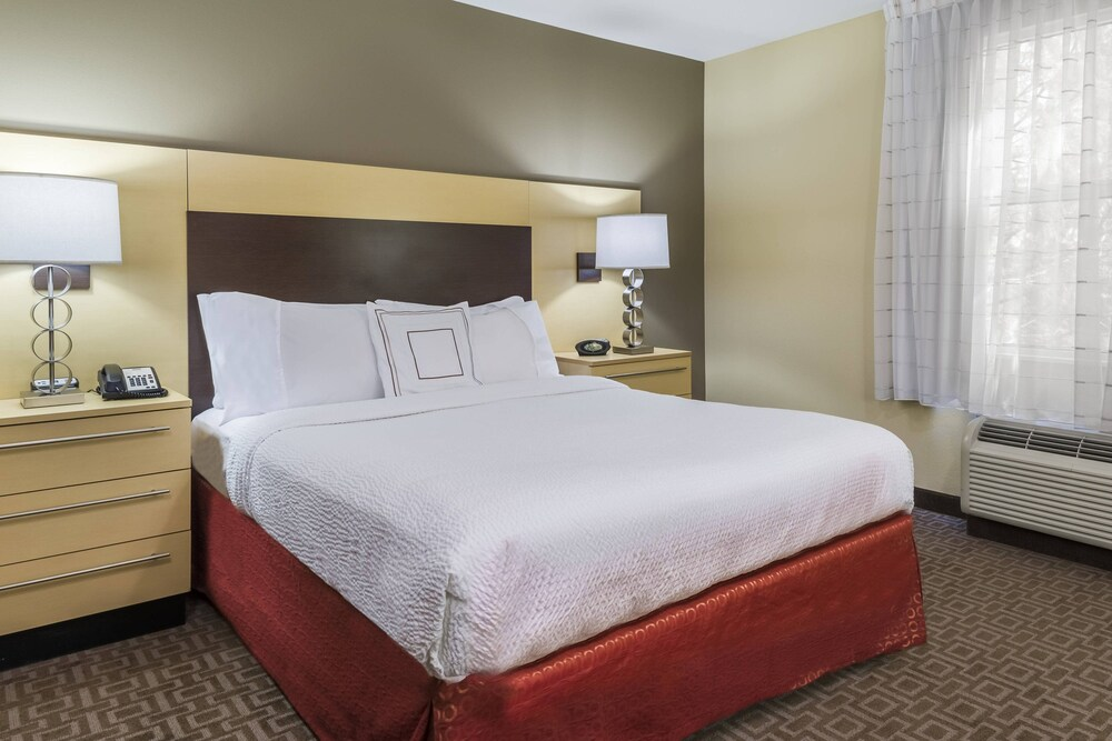 Gallery image of TownePlace Suites by Marriott Tampa Westshore Airport
