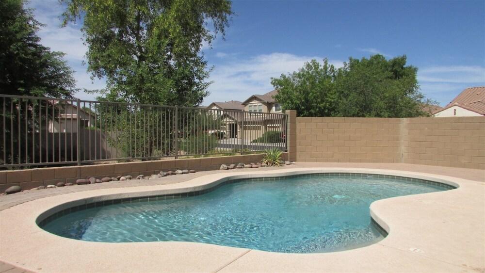 4BR South Phoenix Home
