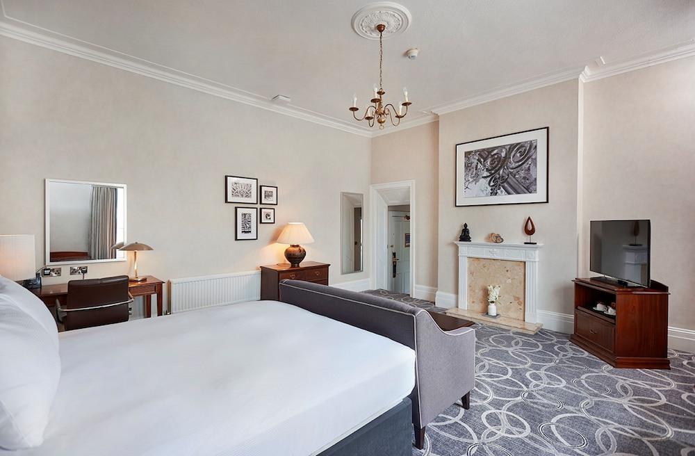 Gallery image of Hilton Puckrup Hall Tewkesbury