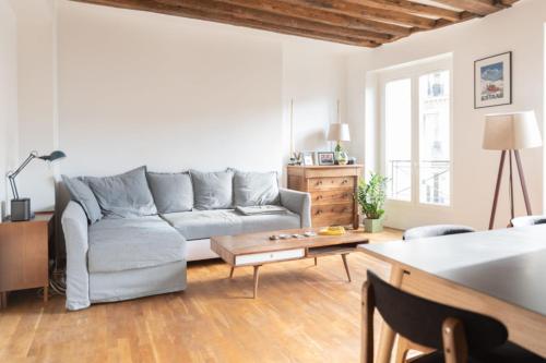 Nice quiet apartment Pont des Arts