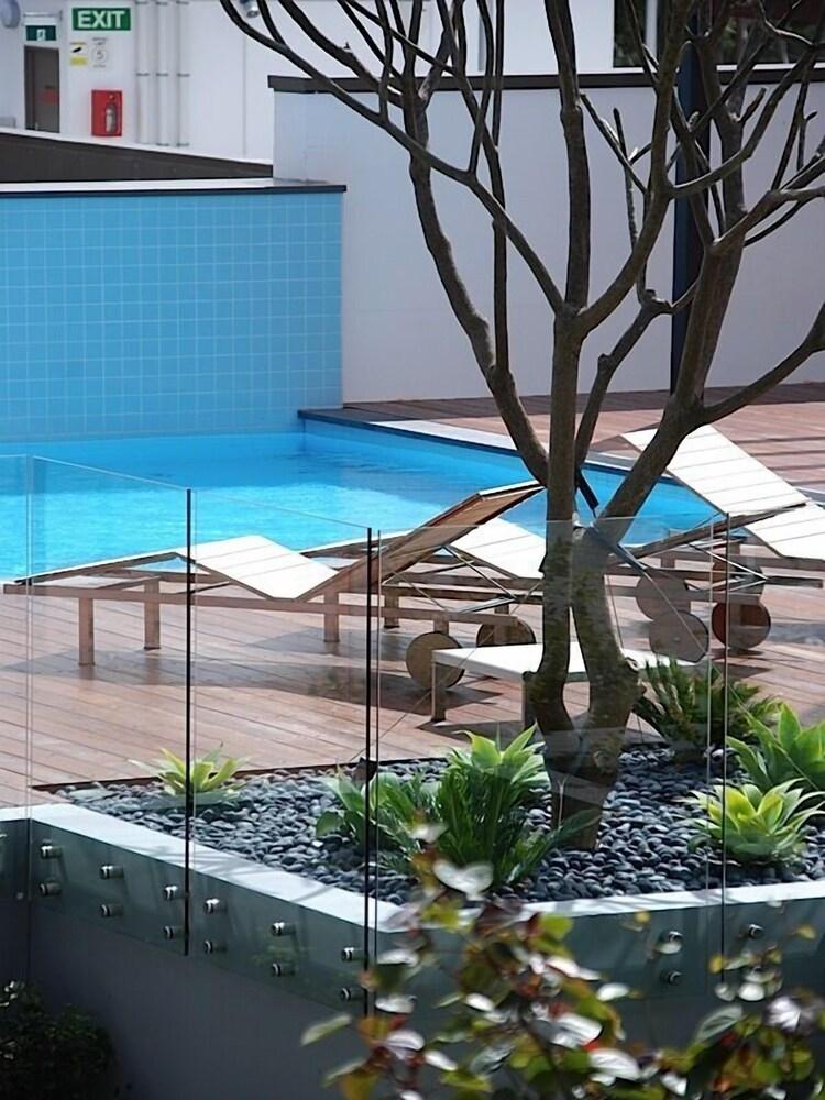 Claremont Quarter Luxury Apartment
